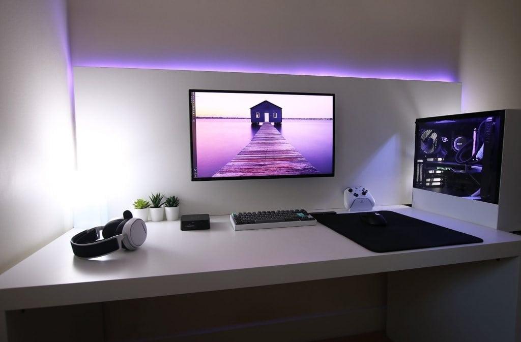 Subtle RGB lighting looks nice too
