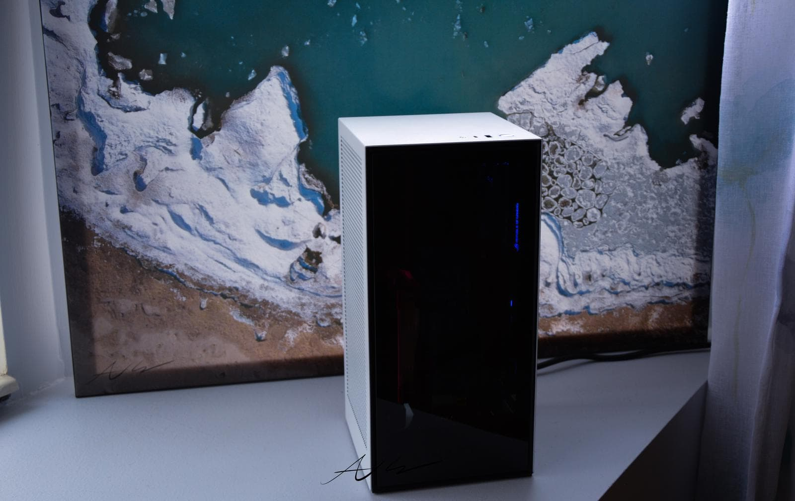 NZXT H1 PC case