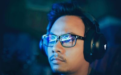 "The Truth About ""Gaming Glasses"" (Do They Really Work?)"