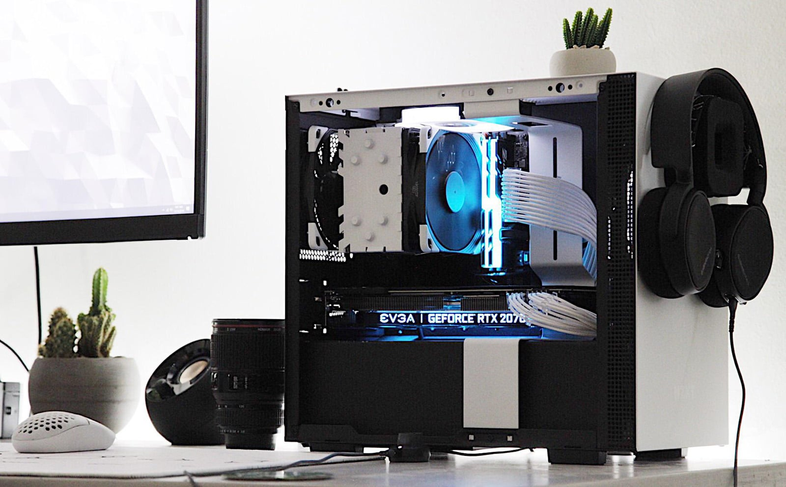 The NZXT Puck headphone mount is one of a kind