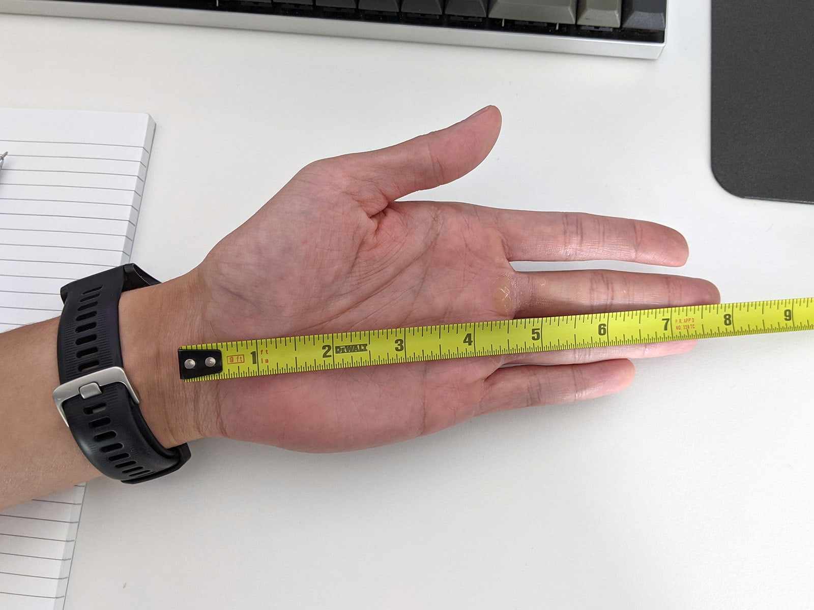 measure hand length