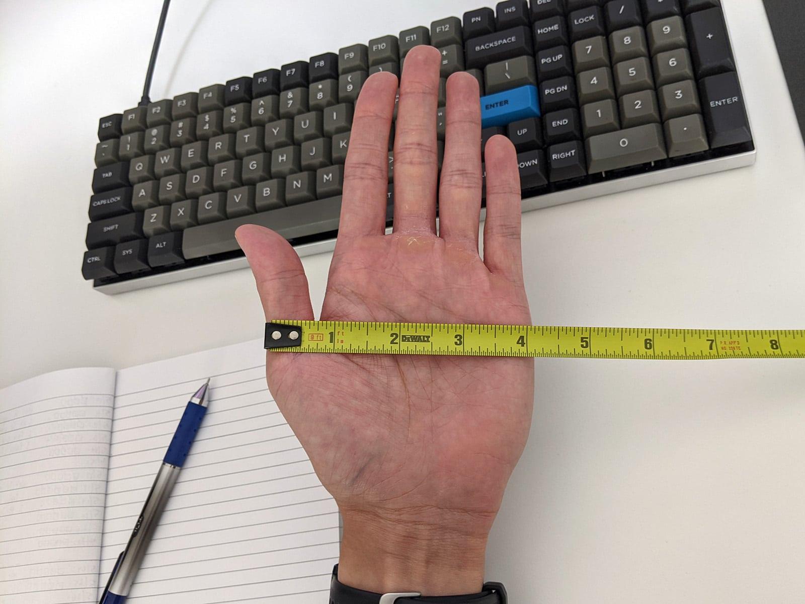 measure hand width