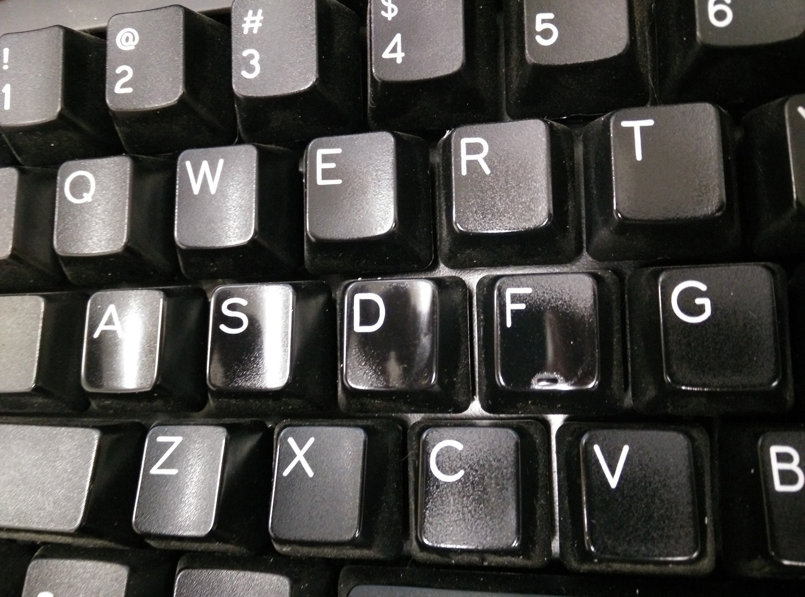 worn out keycaps