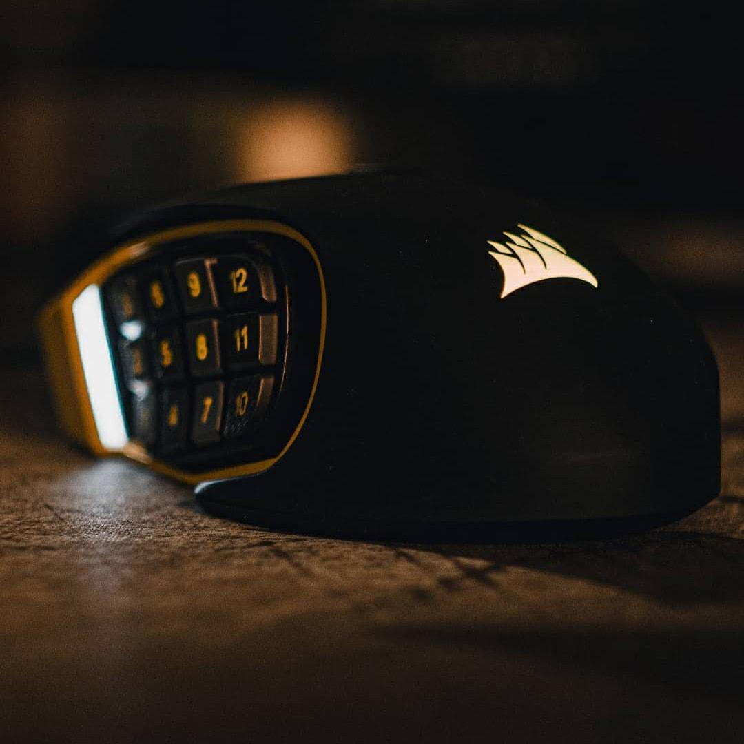 Corsair Scimitar Pro MMO gaming mouse