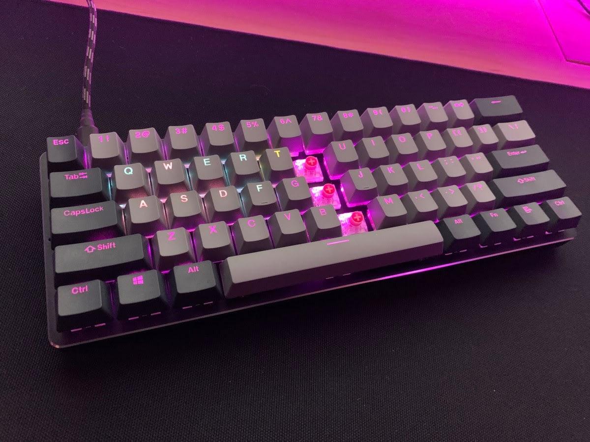 GMMK Compact 60% keyboard