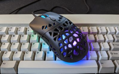 """Marsback Zephyr Pro Review: Hands-on With the """"Sweat-Proof"""" Gaming Mouse"""